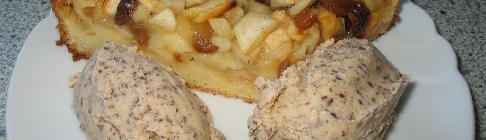 Apfelkuchen mit Lebkucheneis